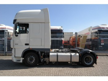 Влекач DAF XF 105.460 MEGA LOWDECK SUPER SPACECAB