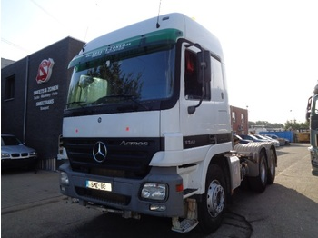 Влекач Mercedes-Benz Actros 3348 Lames /manual 175000km new michelin tyres